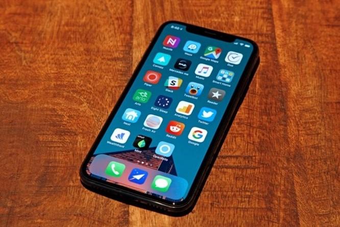 Phiên bản kế nhiệm của iPhone X sẽ là chiếc iPhone rẻ nhất trong năm nay? - Ảnh 1