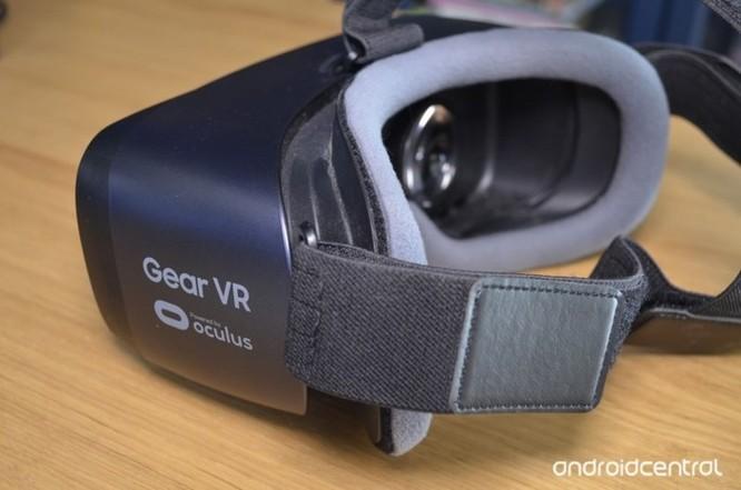 Hướng dẫn vệ sinh kính thực tế ảo Samsung Gear VR - Ảnh 1
