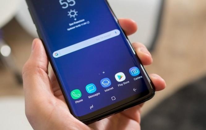 Samsung Galaxy S9 bị tố xuất hiện nhiều điểm chết trên màn hình - Ảnh 1