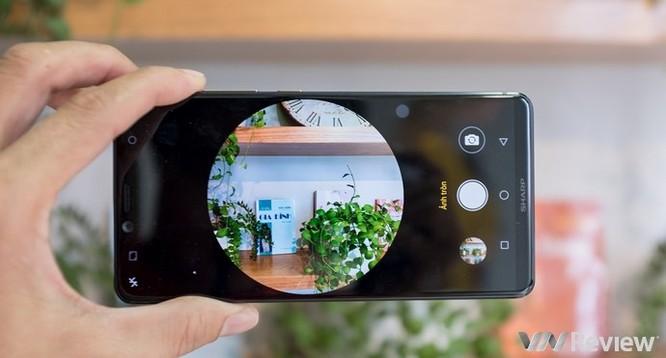 Cận cảnh Sharp Aquos S3 đầu tiên tại Việt Nam: màn tai thỏ 6 inch, Snapdragon 630, giá dự kiến 11 triệu đồng - Ảnh 14