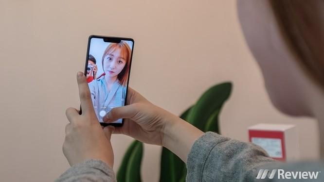 Cận cảnh Sharp Aquos S3 đầu tiên tại Việt Nam: màn tai thỏ 6 inch, Snapdragon 630, giá dự kiến 11 triệu đồng - Ảnh 15
