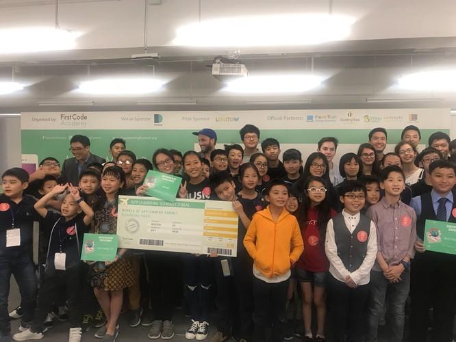 Học sinh Việt giành giải 'Ứng dụng sáng tạo nhất' cuộc thi lập trình di động quốc tế ảnh 1
