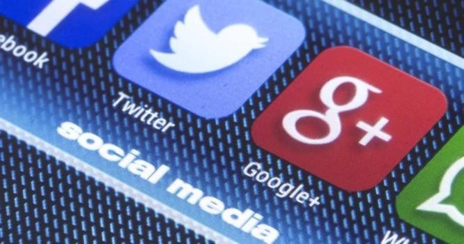 Các hiệp hội tiền mật mã toàn cầu lên kế hoạch kiện Google, Facebook, Twitter về cấm quảng cáo - Ảnh 1