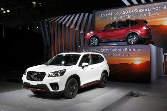 Subaru Forester 2018 lộ diện với 'mắt thần' EyeSight - Ảnh 3