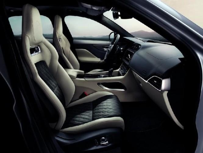 Jaguar F-Pace SVR với công suất 'khủng' thách thức Mercedes - AMG GLS 63 - Ảnh 8