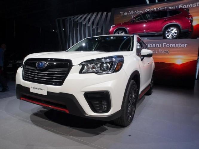 Subaru Forester 2018 lộ diện với 'mắt thần' EyeSight - Ảnh 8