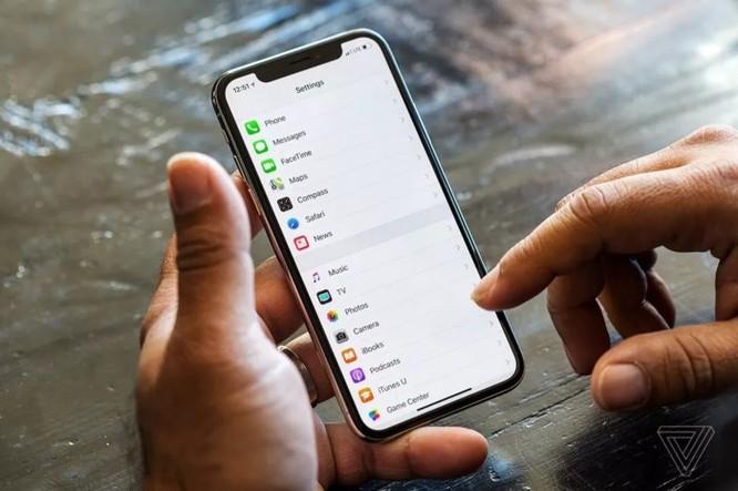iPhone sẽ có màn hình cong và hệ thống điều khiển cử chỉ không chạm? ảnh 1