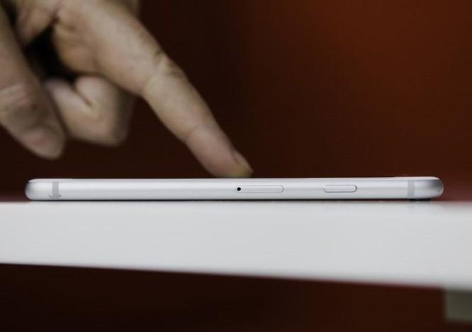 Apple đang nghiên cứu iPhone màn hình cong và thao tác điều khiển mới tối giản hơn ảnh 2