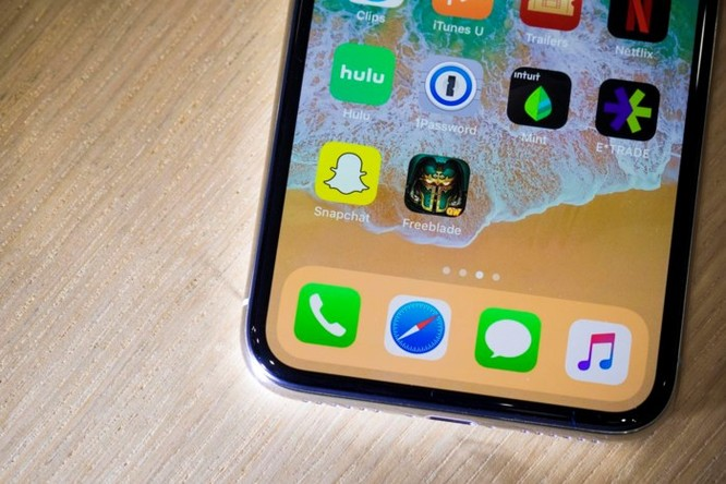 Apple đang nghiên cứu iPhone màn hình cong và thao tác điều khiển mới tối giản hơn ảnh 3