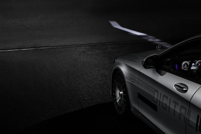 Mercedes-Maybach với Digital Light 'vẽ' được những gì lên mặt đường? ảnh 12