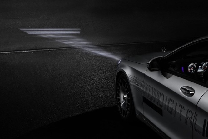 Mercedes-Maybach với Digital Light 'vẽ' được những gì lên mặt đường? ảnh 15