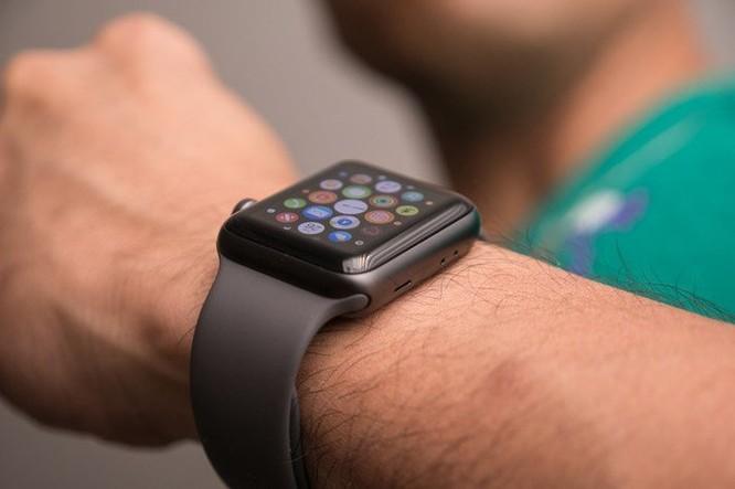 Apple bị kiện vì tính năng theo dõi nhịp tim trên Apple Watch ảnh 1