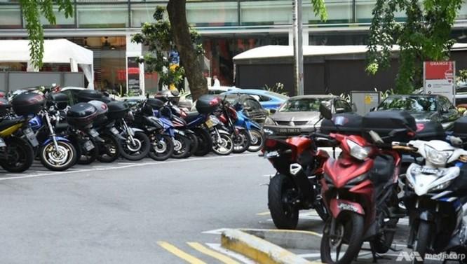 Singapore mạnh tay chi hơn 2.600 USD cho mỗi người dân nếu chịu bỏ xe máy cũ ảnh 2