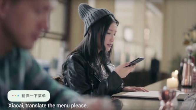 Cùng xem trợ lý ảo Xiao AI của Xiaomi 'thể hiện' trong quảng cáo mới của Mi MIX 2S ảnh 1