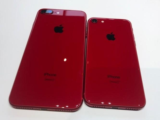 Đây là iPhone 8 Product RED: rất đẹp, rất dễ bám vân tay ảnh 2