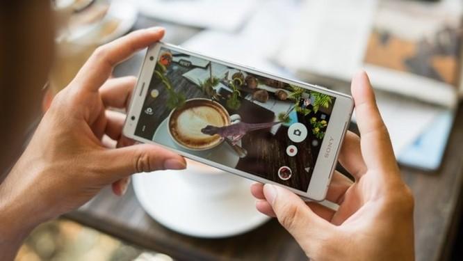 Điện thoại cao cấp Sony Xperia XZ2 chuẩn bị bán tại Việt Nam ảnh 2