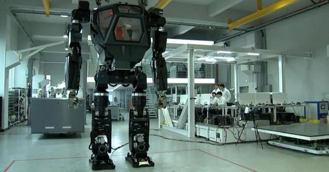 Robot trong tương lai cũng sẽ có thể... kiện và bị kiện ảnh 1