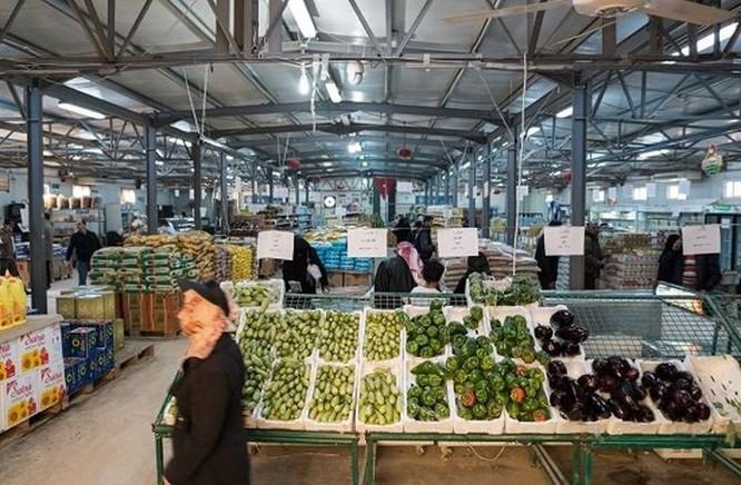 Bên trong trại tị nạn tồn tại nhờ tiền ảo ở Jordan ảnh 1