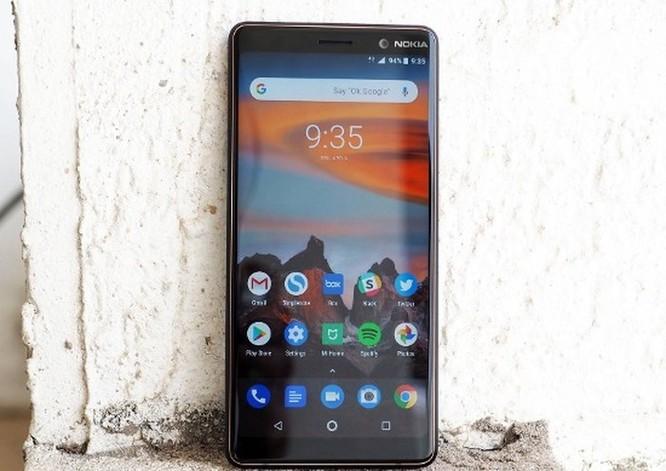 Nokia 7 Plus giá 8,9 triệu có nên mua? ảnh 1