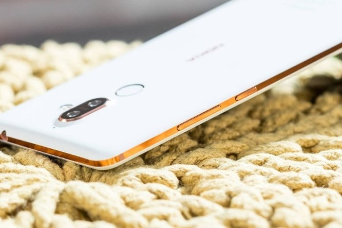 Nokia 7 Plus giá 8,9 triệu có nên mua? ảnh 6