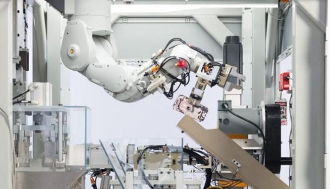 Xin giới thiệu Daisy - robot chuyên tái chế iPhone do Apple chế tạo ảnh 1