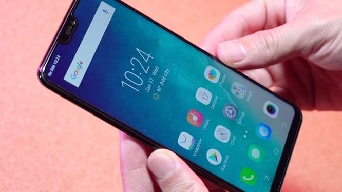 Cùng giá nên mua Oppo F7 hay Vivo V9? ảnh 6