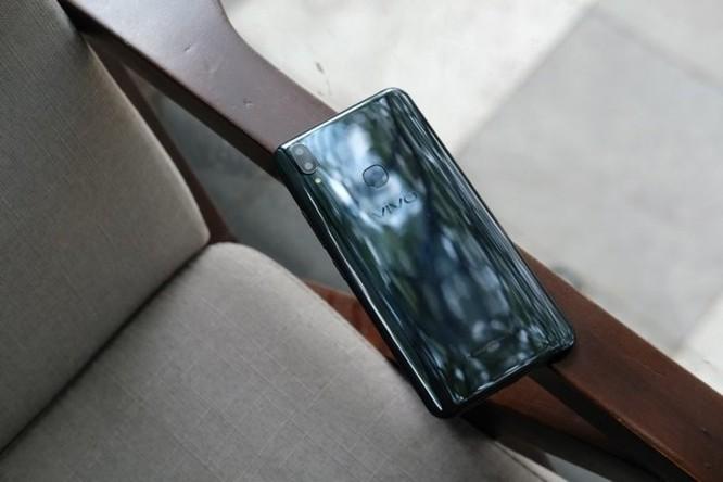 Những smartphone hỗ trợ trí tuệ nhân tạo đang bán tại Việt Nam ảnh 4