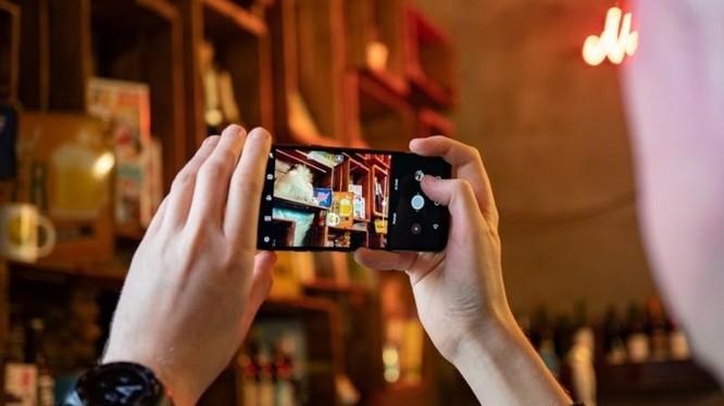 So sánh LG G7 ThinQ và LG G6 ảnh 5
