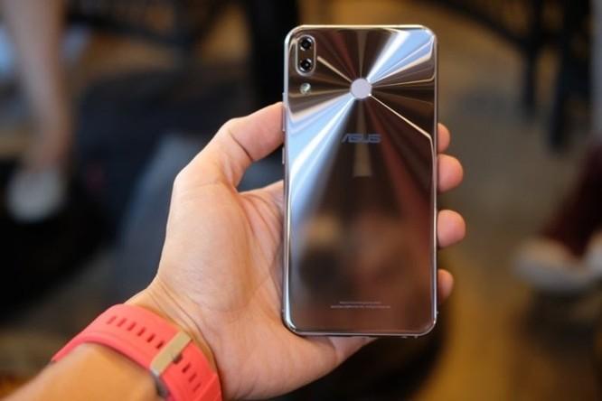 Những smartphone hỗ trợ trí tuệ nhân tạo đang bán tại Việt Nam ảnh 6