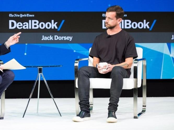 Làm thế nào để ăn mặc giống các CEO công nghệ với chỉ gần 200 USD? ảnh 5