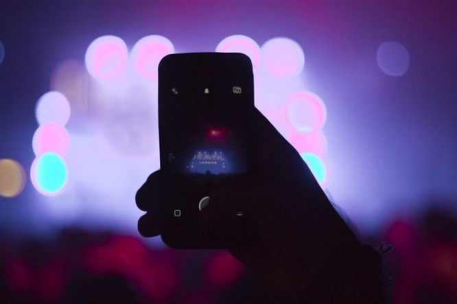 AI sẽ là chìa khóa giúp chụp ảnh thiếu sáng ít noise và cân bằng trắng tốt hơn ảnh 1