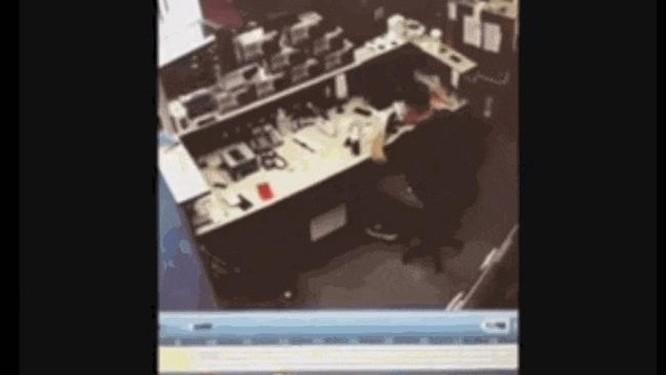iPhone 6s phát nổ ngay trong trung tâm dịch vụ sửa chữa iPhone tại Mỹ ảnh 1