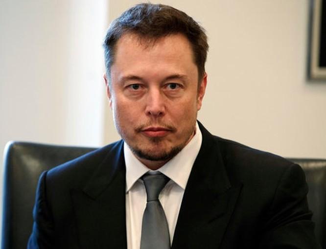 Elon Musk tiết lộ những thông tin mới về việc tái cấu trúc của Tesla ảnh 1