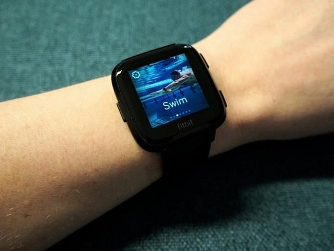 8 lý do nên mua smartwatch Fitbit hơn là Apple Watch ảnh 2
