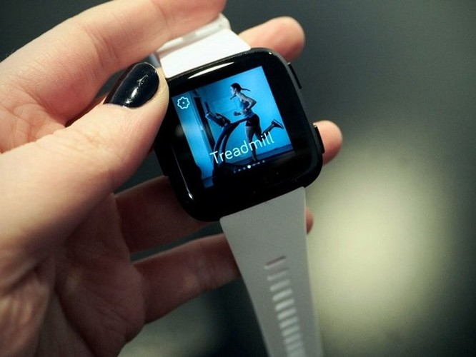8 lý do nên mua smartwatch Fitbit hơn là Apple Watch ảnh 8