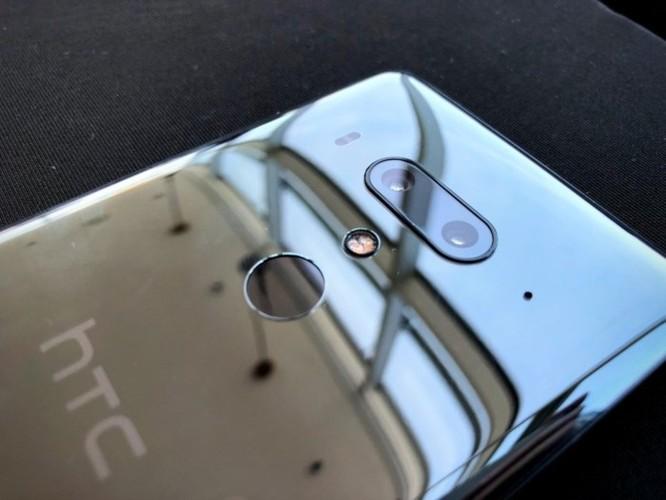 Loạt ảnh mới nhất về HTC U12 Plus 'cao cấp', giá khởi điểm 800 USD ảnh 2
