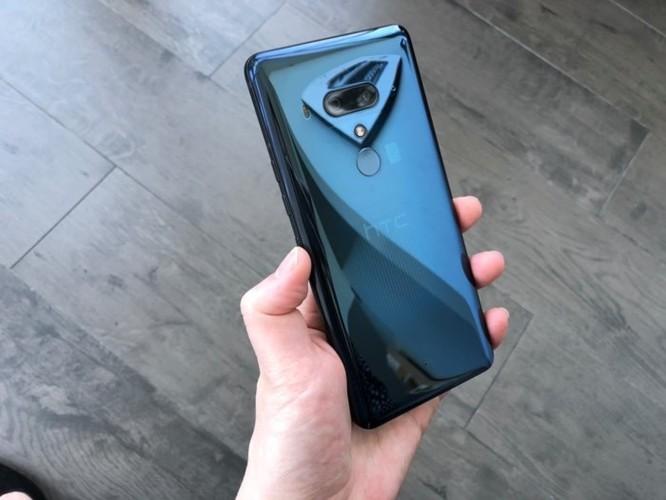 Loạt ảnh mới nhất về HTC U12 Plus 'cao cấp', giá khởi điểm 800 USD ảnh 4
