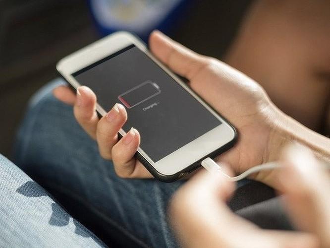 5 mẹo sạc smartphone giúp tăng tuổi thọ pin ảnh 2