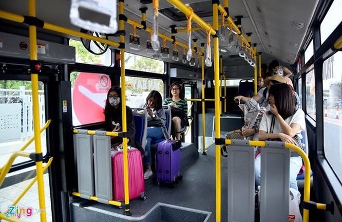 TP.HCM dùng thẻ thông minh thu hút học sinh đi xe bus ảnh 1