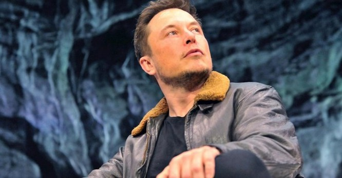 Tỷ phú Google: 'Elon Musk đã sai hoàn toàn vì ông ấy không hiểu gì về AI cả' ảnh 1