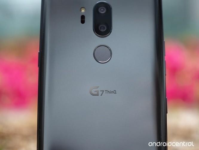 5 chiếc điện thoại Android có tên gọi 'hack não' nhất trong thập kỷ qua ảnh 4