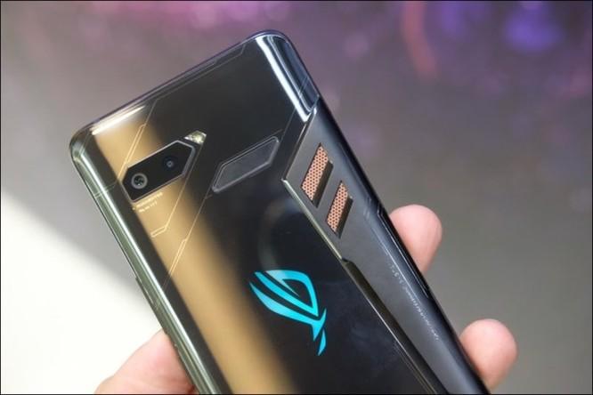 Hình ảnh chi tiết ROG Phone, smartphone chơi game đầu tiên của Asus ảnh 18