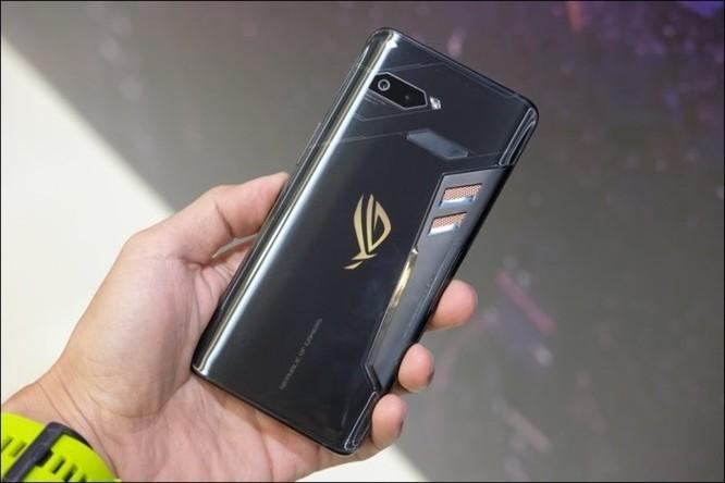 Hình ảnh chi tiết ROG Phone, smartphone chơi game đầu tiên của Asus ảnh 20