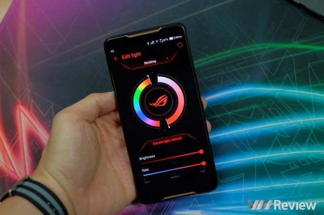Trên tay ROG Phone - điện thoại chuyên game tối tân của Asus với hàng loạt tính năng độc lạ ảnh 13