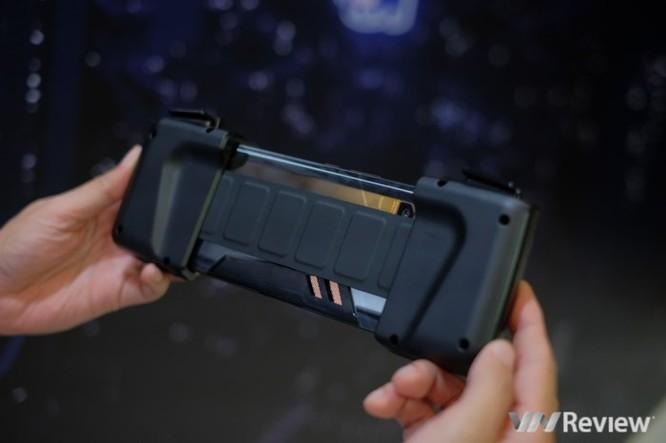 Trên tay ROG Phone - điện thoại chuyên game tối tân của Asus với hàng loạt tính năng độc lạ ảnh 19