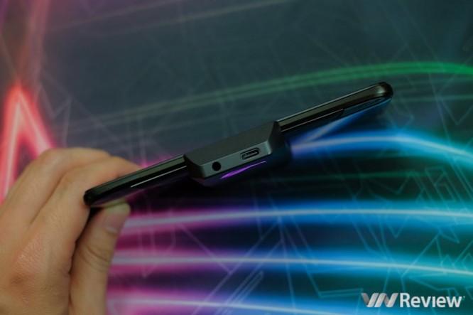 Trên tay ROG Phone - điện thoại chuyên game tối tân của Asus với hàng loạt tính năng độc lạ ảnh 8