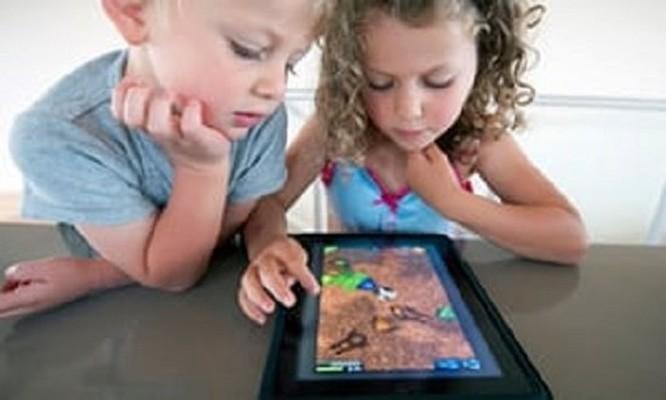 Cho trẻ con sử dụng thiết bị công nghệ bao nhiêu thời gian là đủ? ảnh 2