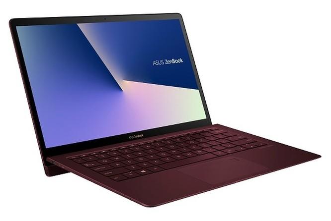 Laptop 13,3 inch siêu gọn nhẹ và cực bền ảnh 4