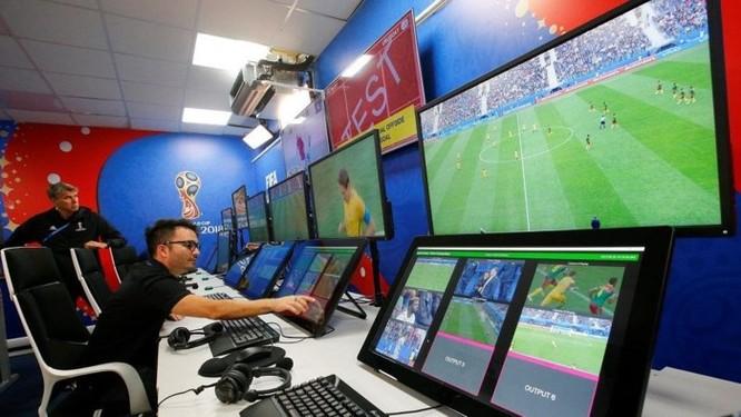 Những đội bóng nào đã được hưởng lợi từ Công nghệ VAR tại World Cup 2018? ảnh 1