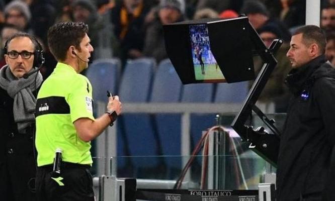 Những đội bóng nào đã được hưởng lợi từ Công nghệ VAR tại World Cup 2018? ảnh 4